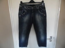 Ladies blue faded 3/4 length jeans from Firetrap size 30 77cms