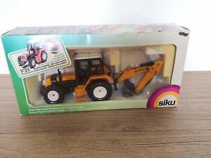 Siku 3755 Renault Traktor mit Heckbagger 1:32 in OVP aus Sammlung