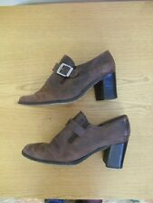 "Ladies Shoes brown leather courts UK 6.5, EU 39.5, heel 3"", well used 3128"