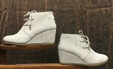 Toms Women's Kala Suede Wedge Booties SC4 Desert Taupe Size 7.5