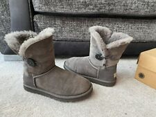 UGG Grey leather suede fur  Bailey button mid boots , Uk size 6.5,EUR 39,USA 8