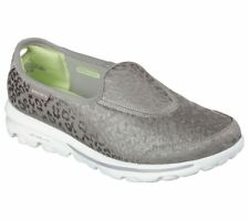 NEW Damenschuhe SKECHERS GO WALK SLIP ON FORM MEMORY FORM ON FIT SILVER GRAY c07a8c