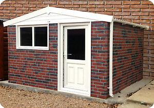 CONCRETE GARDEN BUILDING / HOME OFFICE / GARDEN ROOM