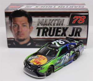 NASCAR 2017 MARTIN TRUEX  #78 DUCKS UNLIMITED BASS PRO 1/24 CAR