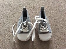 F & F Baby Grey Bootees To Fit Approx 3-6 Months
