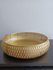 Round Metal Gold Hammered Effect Fruit , Snacks Bowl Wedding  Table Decor 28 cm