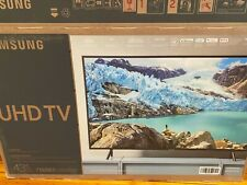 Samsung UN43RU7100FXZA 43 in. 4K UHD Smart TV