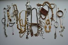 Lot Of Gold & Silver Tone Jewelry: Necklaces & Bracelets    (F2J)