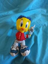 Tweety bird stuffed animal keychain/clip. Small zipper pocket.
