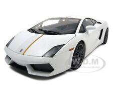 LAMBORGHINI GALLARDO LP550-2 BALBONI WHITE 1:18 DIECAST MODEL CAR AUTOART 74635