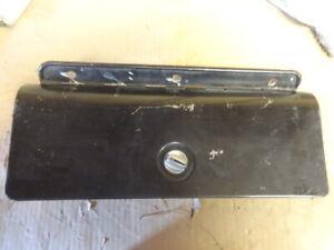 1969 CHEVY CAMARO ORIGINAL GLOVE BOX DOOR + HINGE + LOCK