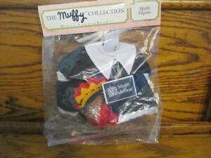VINTAGE THE MUFFY VANDERBEAR PILGRIM COLLECTION PACKAGE CLOTHING COLLECTIBLE SET