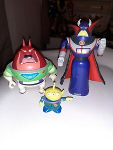 Buzz Lightyear Of Star Command Toy Story 2 Booster Zorg & Alien Transformer Lot