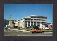 New Zealand - Civic Buildings, LOWER HUT, Wellington. Car.  Fotocentre postcard.