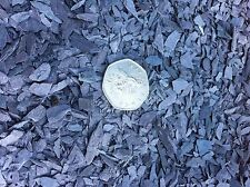 2 Killos Small Slate Chippings - Ideal for Fish Tanks .modelling etc