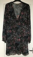 """Karen Cole"" Dress, Size L, Navy floral design, V Wrap Neck, Elasticated Cuffs"