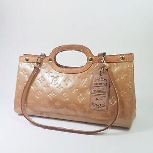 Auth Louis Vuitton Vernis Roxbury Drive Noisette M91372 Clutch Hand Bag ALA270