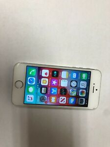 Apple iPhone 5s  - 16 GB -  silver  straight talk good condition