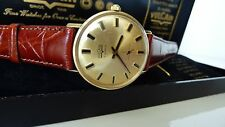 Vulcain Swiss men's watch in 14k gold fantastic condition.RARE