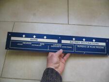 Ancienne plaque heures des levées de boite aux lettres PTT réformée. La poste