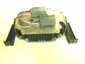 FORD  Mustang Amp  #F0ZB-13B849-AA