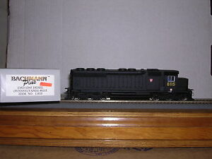 BACHMANN/Plus #11610  P.R.R. EMD SD-45 Diesel Loco #6115  H.O.Scale 1/87