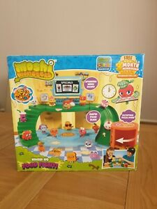 Moshi Monsters Moshy HQ Food Fight Playset inc 4 Foodie Moshlings New Complete
