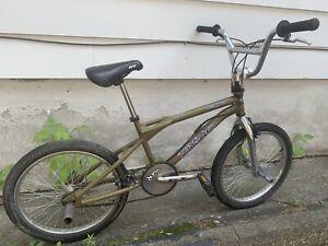 Vintage 1999 GT DYNO COMPE Freestyle BMX  Original survivor Old Mid School Bike