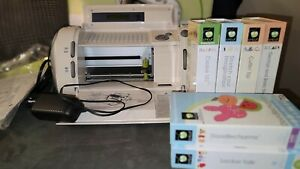 Cricut 29-0001 Personal Electronic Cutting Machine with 6 Cartridges