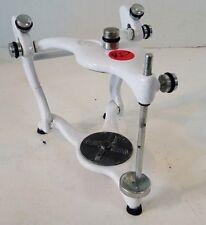 Semi Adjustable Articulator with Semi Adjustable Guide Table        RD