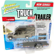 JOHNNY LIGHTNING JLCP7090 B 2002 CHEVY SILVERADO w/ CAMPER & TRAILER 1/64 GREY