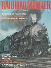 Railroad Modeler Jan 1972 - Wreck Train - F9 Diesel - Reverse Loop Wiring