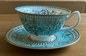 THE ROYAL COLLECTION - BUCKINGHAM PALACE - ORNATE BONE CHINA CUP & SAUCER
