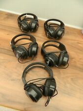 headphone bundle includes 5 pairs