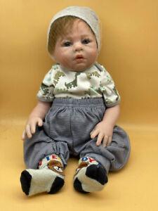 Künstlerpuppe Vinyl Puppe 44 cm. Siehe Top Zustand