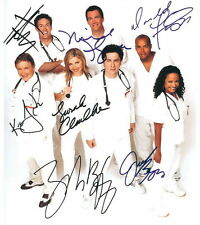 Scrubs Cast + crew + + AUTOGRAPHE + + Dr Cox & J.D. & Elliot & turk & Kelso...
