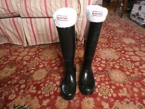 Hunter Original Tall Gloss Women's Rain Boots - Black, 7 US