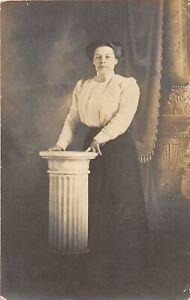 H40/ Billings Montana RPPC Postcard c1910 Pretty Woman Witham & Lass Studio
