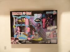Ever After High  School Fang Out  337 pieces mega bloks     New in Box