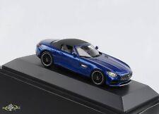Mercedes-Benz AMG GT Roadster Dach abnehmbar brillantblau metallic 1:43 Spark