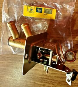 N.O.S. 1961-62-Series 10 & 80 American Motors Rambler Heater Control Valve NMIP!