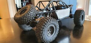 Axial Bomber RR10 roller