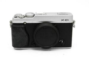 FUJI - X-E1 CORPO SILVER M.31L00311 -SCATTI 37959