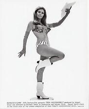 Photo originale Raquel Welch Myra Breckinridge sexy maillot gants bottes