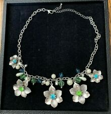"""Silver Tone Necklace with Flower Pendants Colored Centers 19 1/2"""""""