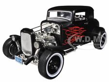 1932 FORD HOT ROD MATT BLACK WITH FLAMES LTD ED. 1/18 PLATINUM BY MOTORMAX 77172