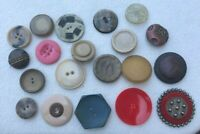 Mix Lot of 20 Large VINTAGE BUTTONS #312
