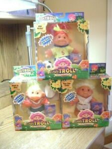 LOT OF 3 TOTALLY TROLL PLAYMATES 2001 ANNIE O KLEE-TINY TINA TICKLE- KIKI KICKER