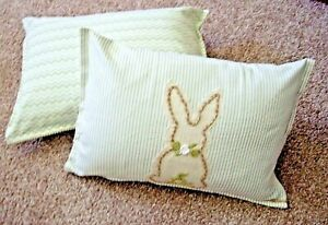 SET OF TWO 14 X 20 DECORATIVE EASTER PILLOWS