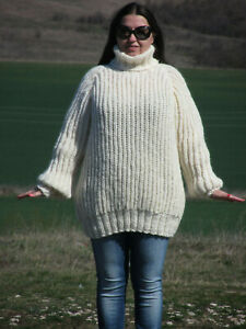 100% WOOL Hand knitted thick unisex woolen sweater with turtleneck soft jumper